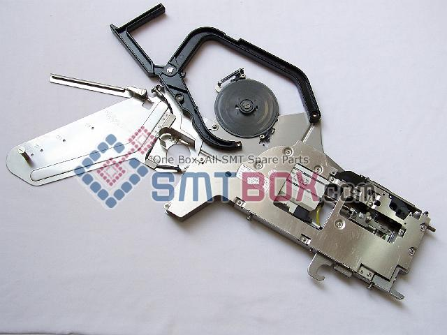 http://www.smtbox.com/syssite/home/shop/1/pictures/productsimg/big/Panasonic-Ratchet-Type-Component-Feeder--Part-Number-No.10488BF141--Specifications-24Wx8P-Emboss--for-MPAV2B-side-a.jpg