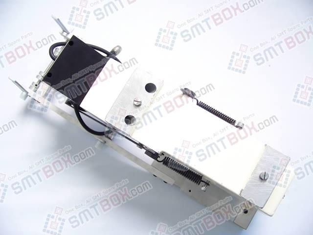Enlarge - Samsung Techwin CP20 CP22 CP30 CP33 CP40 CP40CV CP40LV CP45 CP45F CP45FV CP45NEO CP50 CP60 Vibratory Stick Feeder